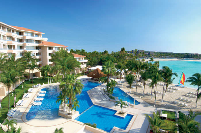 Alberca Hotel Dreams Puerto Aventuras Resort and Spa