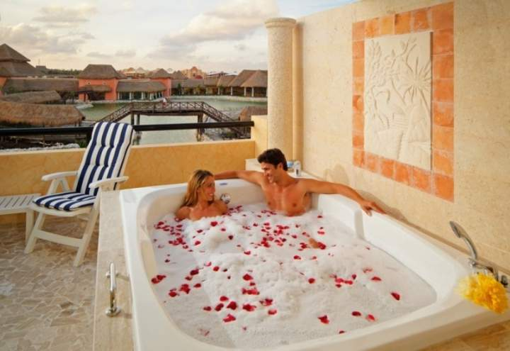 Jacuzzi Hotel The Royal Suites Yucatan By Palladium